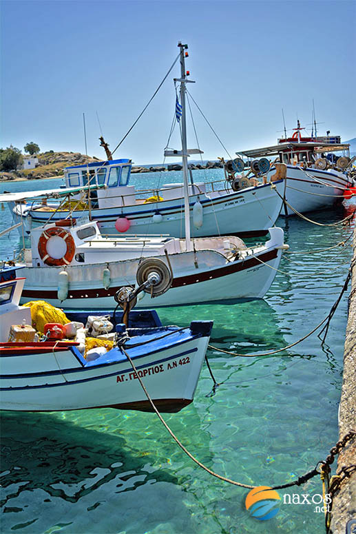 Fishing boats tied-off at Agia Anna jetty