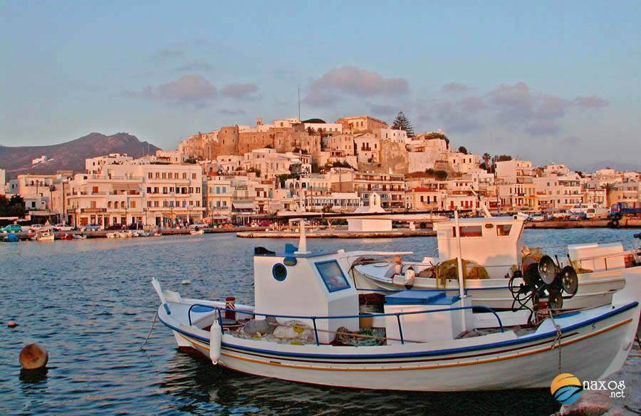 The historic, amphitheatrical and vibrant capital of Naxos