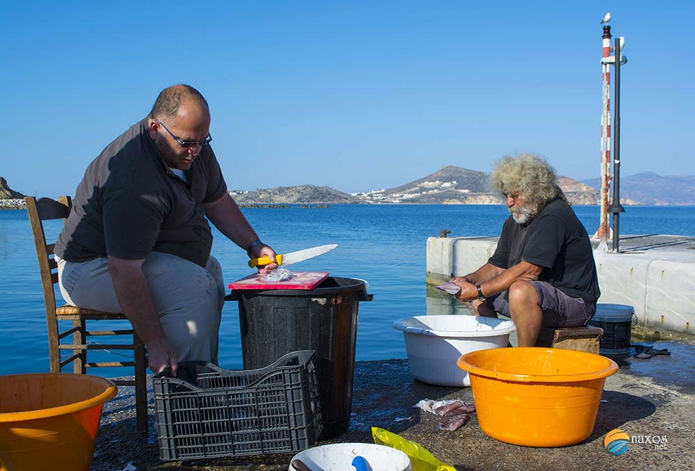 Naxos taverns food preparation