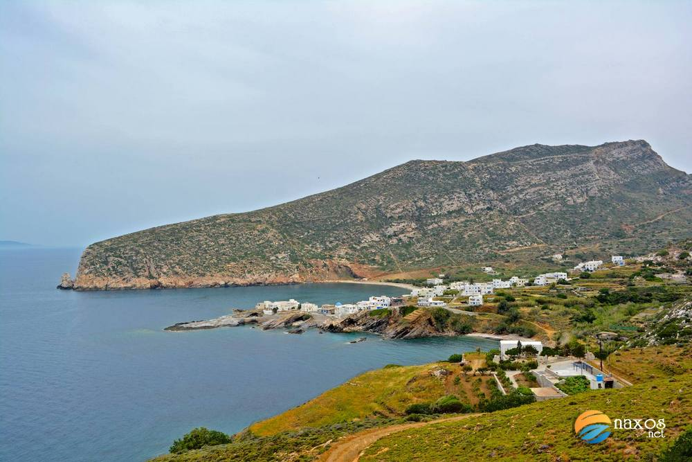 Distant view of Apollonas village