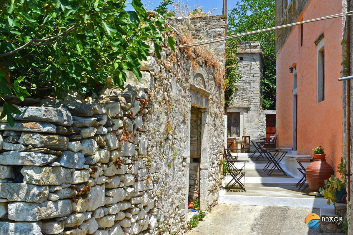 A colourful alley at Chalki village